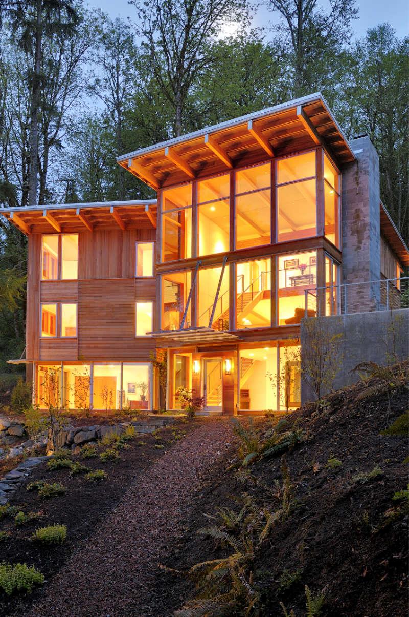 54226-modern-house-in-woods-JDVZC9N.jpg